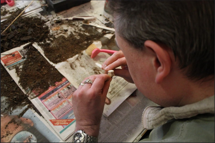 Peter Antill Cleaning artifacts