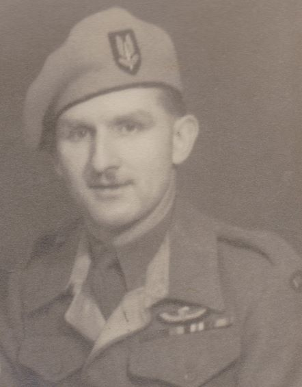 Robert Dennis (Chippy) Saunders New Forest Hampshire Scout Section SAS